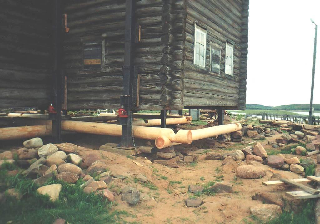 Замена венца в деревянном доме своими руками