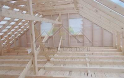 Фото 3 - готовая крыша изнутри