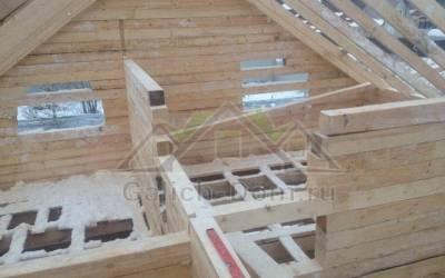 рубка внутренних перегородок второго этажа