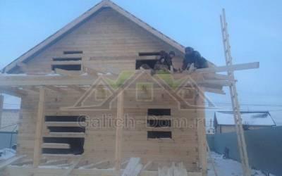 установка крыши на открытой террасе
