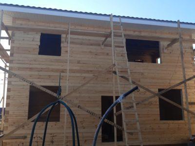 Процесс строительства двухэтажного дома для постоянного проживания в Подольском районе